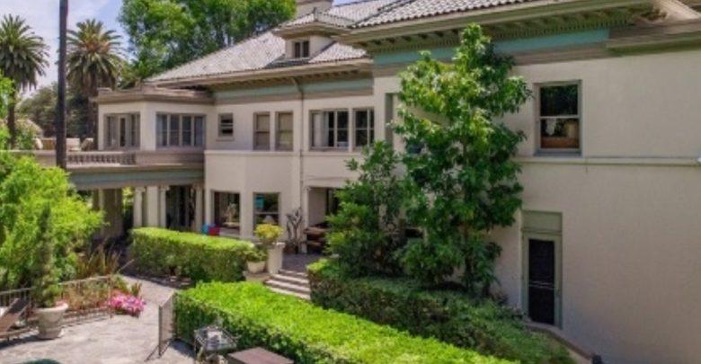 Desain Rumah Mewah sinanarsitek.com