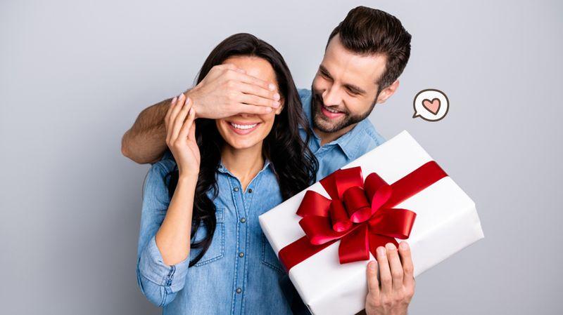 Ide Hadiah Manis untuk Pasangan dalam Hubungan Baru